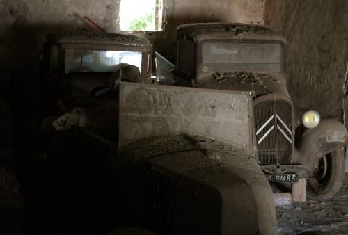 Automobiles abandonnées