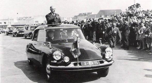 37- Citroen DS Charles De Gaulle