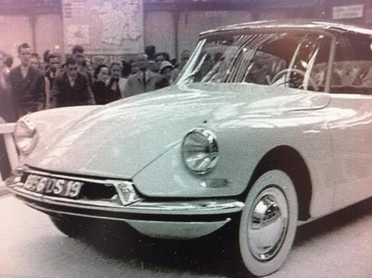 41- Citroen DS PAris
