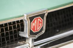MGB Pininfarina MG BADGE