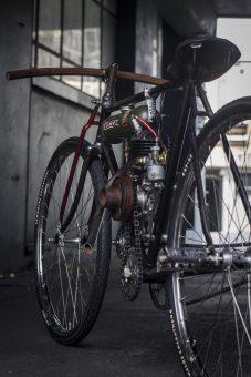 Moto Board Track Triumph