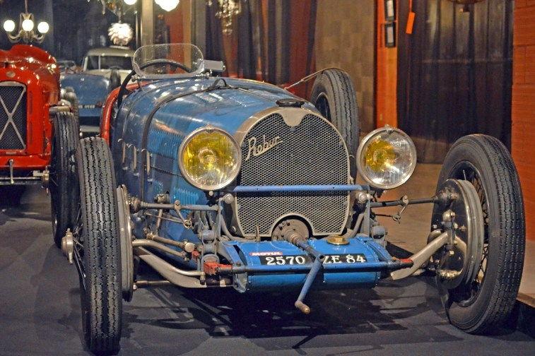 1928-robur-8-cylindres-1