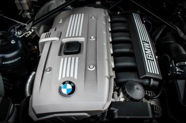 BMW Z4 COUPE PLASTIC ENGINE
