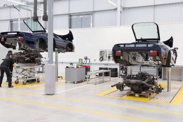 Jaguar Land Rover Classic XJ220