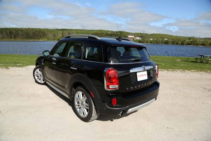 2017 MINI Countryman vs Buick Encore Comparison