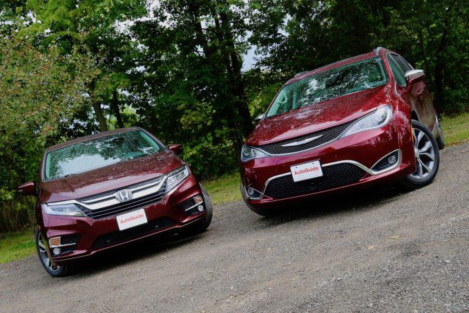 2018 Honda Odyssey vs 2017 Chrysler Pacifica Comparison Test