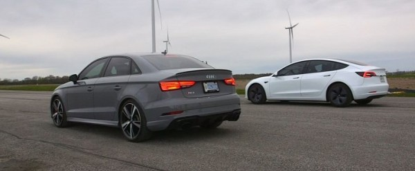 Audi RS3 Sedan Drag Races Tesla Model 3. Can quattro Win?