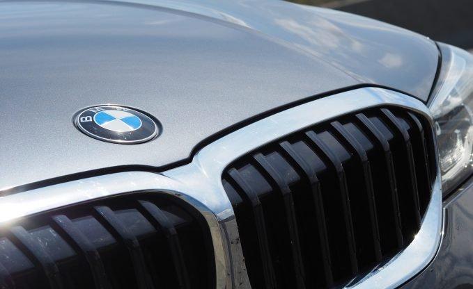 2020 BMW 330i xDrive Review