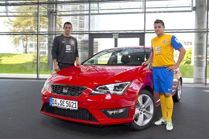 Eintracht Braunschweig fährt Seat Leon FR. Foto: Seat/Auto-Reporter.NET)