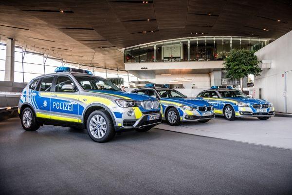BMW hat mehrere Sonderfahrzeuge an die Polizei Bayern ausgeliefert. Bildquelle: BMW Group