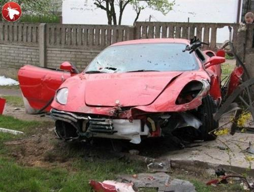 ferrari-f430-crash-in-polland