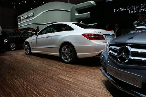 mercedes-benz-eclass-live-in-geneva-2009-30-custom