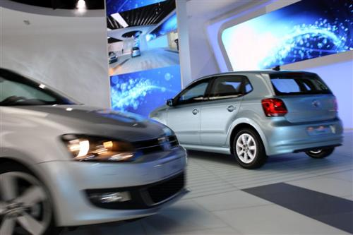 volkswagen-polo-bluemotion-concept-live-22-custom