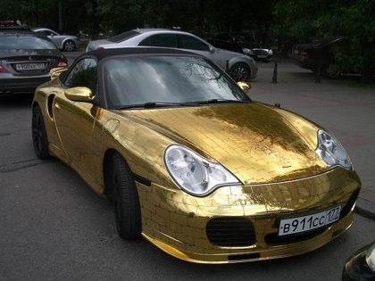 golden-porsche-4