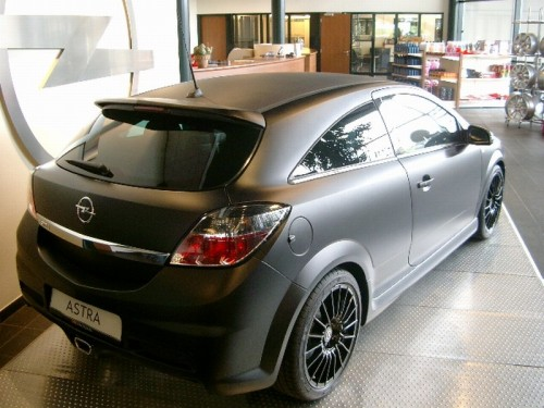 opel-astra-opc-nurburgring-edition-4
