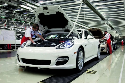 porsche-panamera-assembly-at-leipzig-1