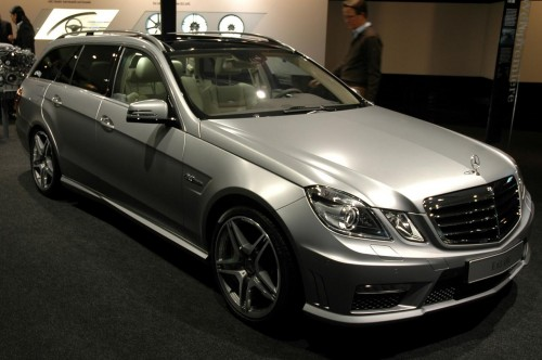 2010 Mercedes E63 AMG Estate Live at Frankfurt 2009
