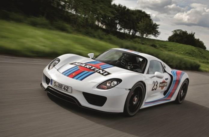 Prototype Porsche 918 Spyder in Martini Racing design