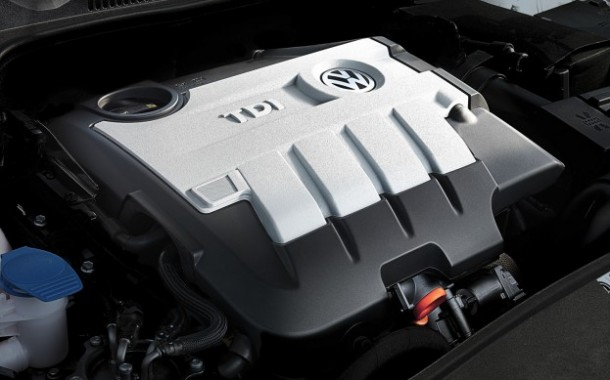 2011-VW-Golf-TDI-engine-623x389