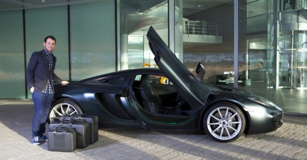 McLaren Develop Special 12C Color for Mark Cavendish (1)