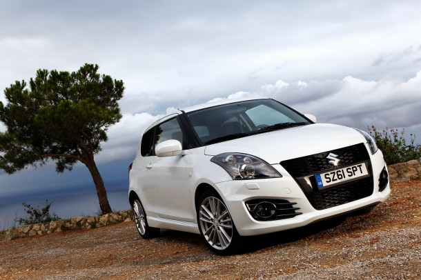 2012-Suzuki-Swift-13