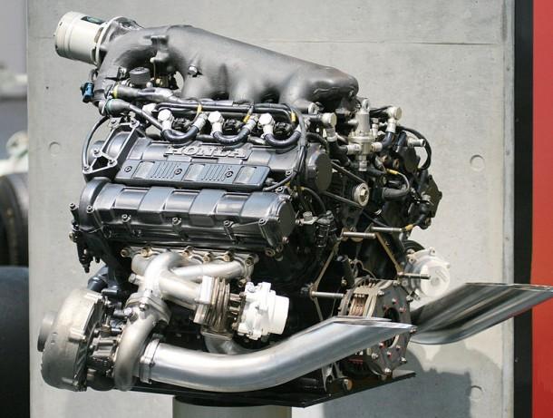 793px-Honda_RA168E_engine_rear_Honda_Collection_Hall