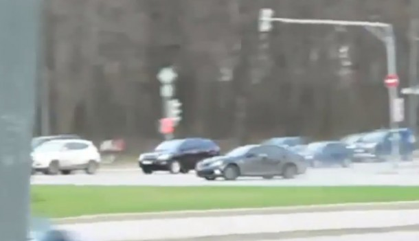 Lexus IS-F drift in traffic