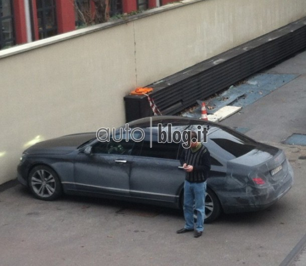 Mercedes-Benz S-Class Spy Photos (2)