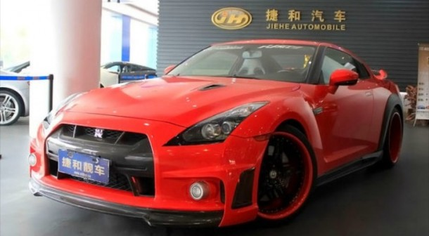 blood-red-nissan-gt-r-gets-bodykit-in-china_1