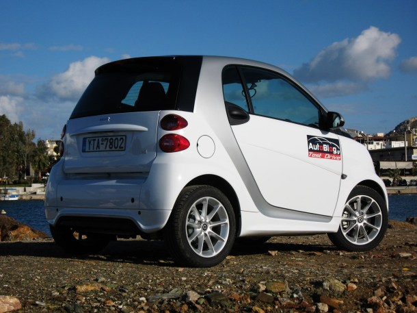 Smart Fortwo 0.8 Cdi facelift Test Drive (24)