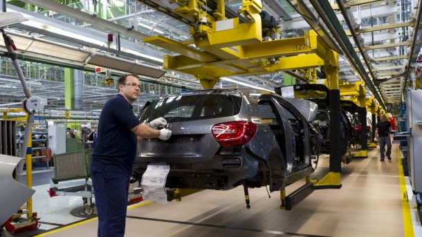 first-new-a-class-rolls-off-the-production-line-2