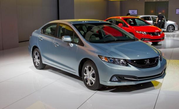 2013-honda-civic-hybrid-sedan-photo