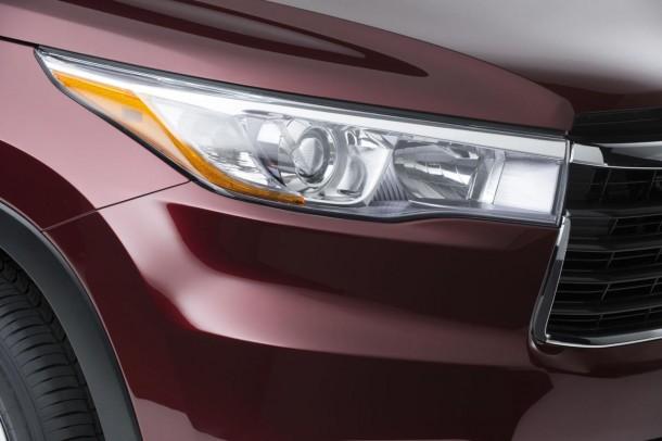 2014 Toyota Highlander teaser image