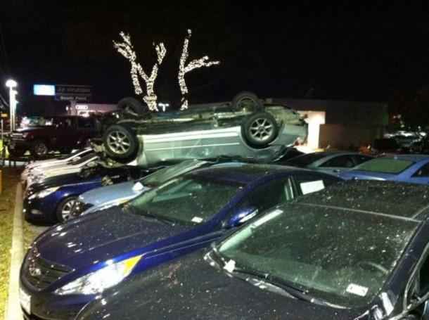 Hyundai crashes (1)