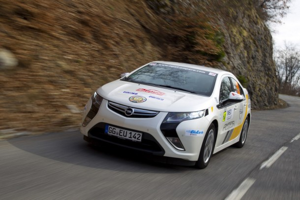 Opel-Ampera-rally