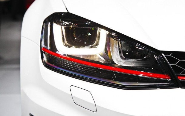 Volkswagen Golf GTI 2013 (7)