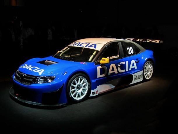 Dacia Logan STCC 2013 (2)