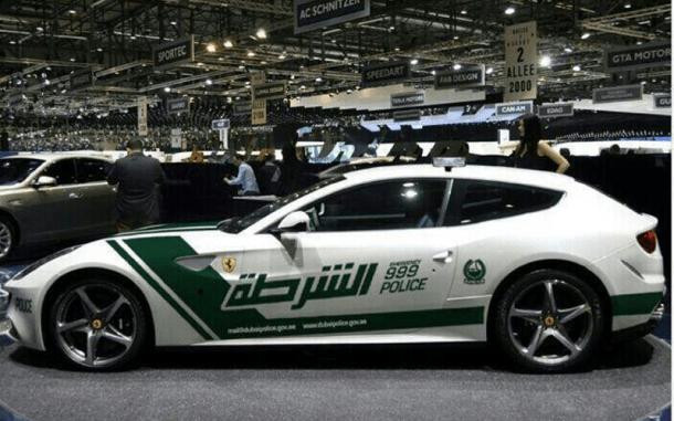 Ferrari FF Dubai Police (2)