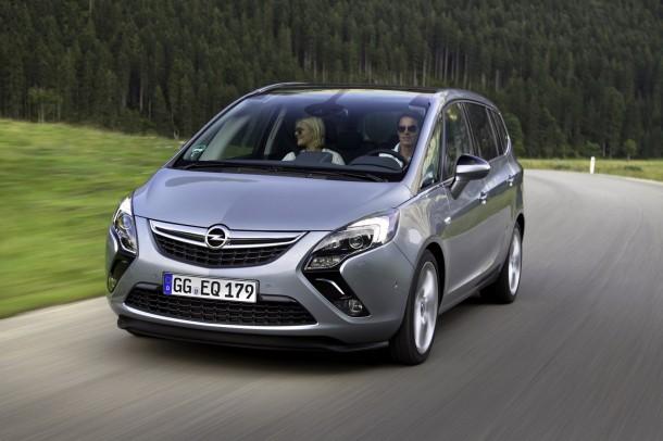 Opel-Zafira-Tourer-272883