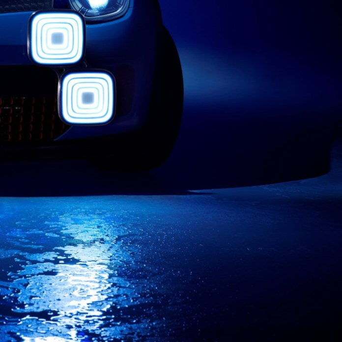 Renault Teaser Photo (2)