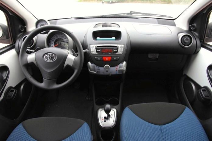 Test Drive: Toyota Aygo Auto - 34