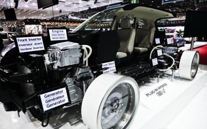 mitsubishi-outlander-plugin-hybrid-10