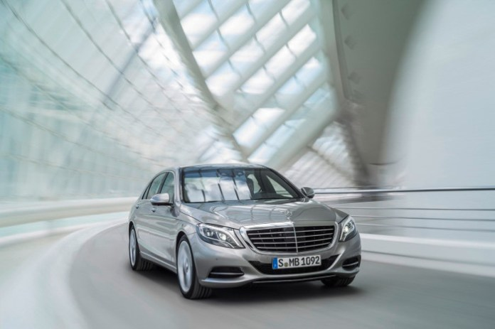 Official Mercedes-Benz S 400 HYBRID (W 222) 2013