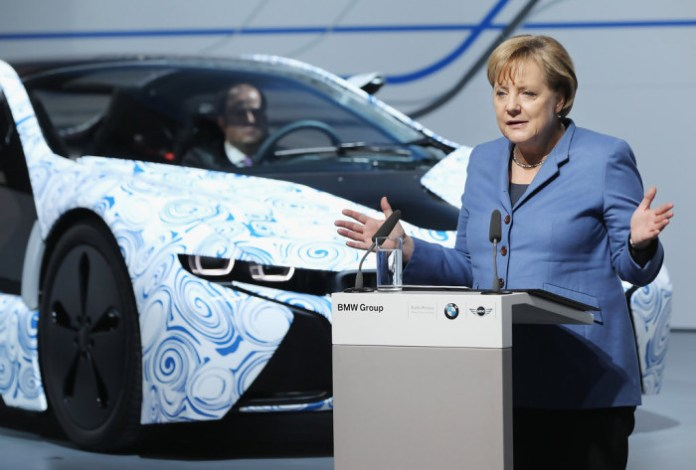 Angela+Merkel+BMW+Produce+Electric+Cars+Leipzig+47AMPypAYpzx