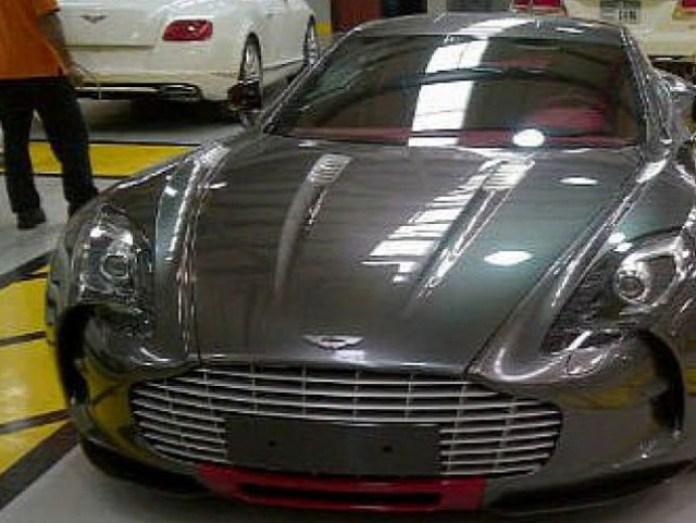 Aston Martin One-77 Dubai Police (2)