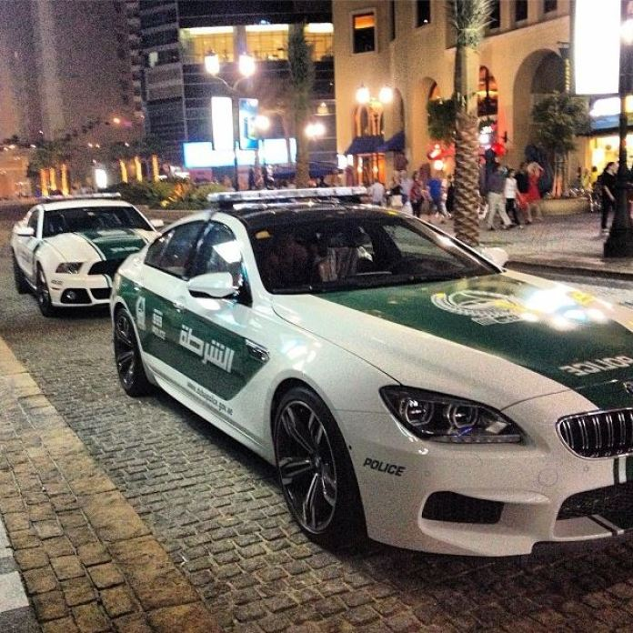 BMW-M6-Ford-Mustang-Dubai-Police-Cars-Gran-Coupe