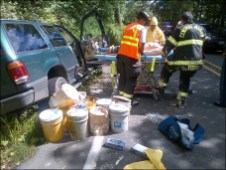 Crash leaves man and dog covered in paint (5)