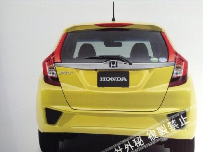 Honda Jazz 2014 leaked photos (2)