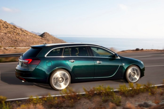 opel-insignia-sports-tourer-facelift-2013-1