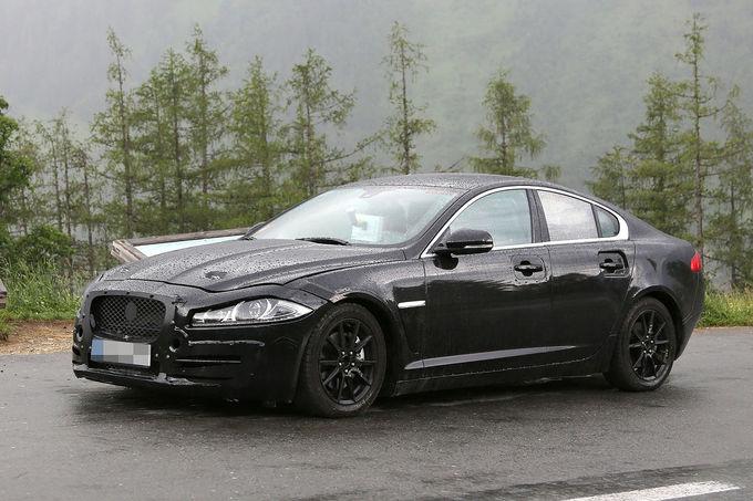 Erlkoenig-Jaguar-XS-Muletto-fotoshowImage-1822bbc6-703613